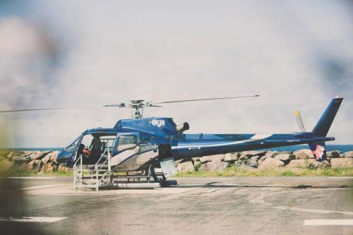 ile d'yeu,week end ile d'yeu,voyager sur l'ile d'yeu,séjour ile d'yeu,hélicoptère ile d'yeu,hélicoptère oya