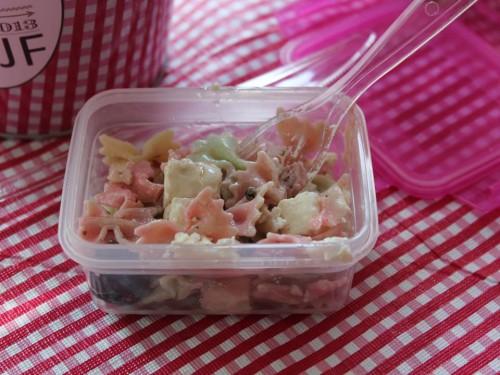 picnic bachelorette party,picnic rose,picnic vert