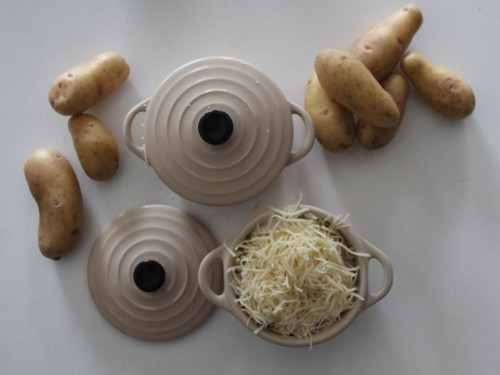 Mini cocotte pommes de terre lardons et emmental