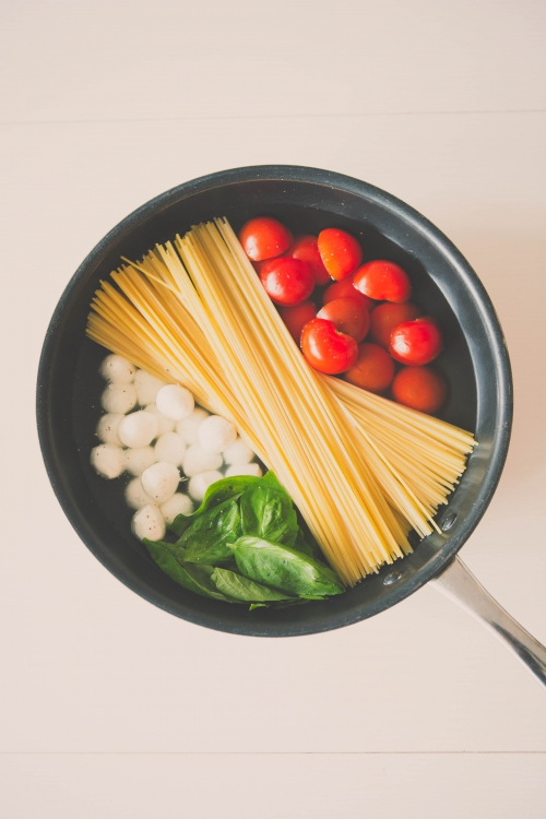 one pot pasta tomates mozzarella,one pot pasta