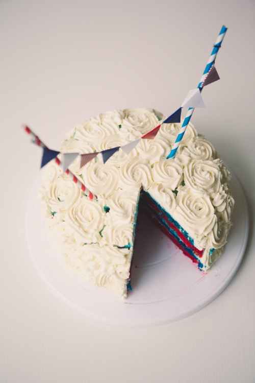 layer cake,cake bleu blanc rouge,flamant rose le blog