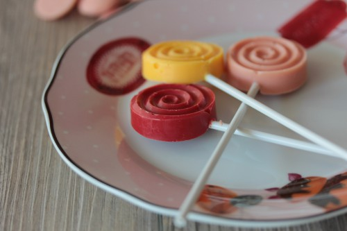 sucettes tourbillon en chocolat,sucettes candy melts