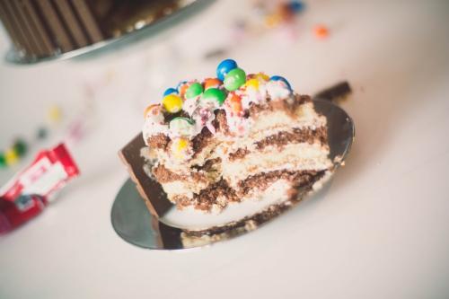 kit-kat cake,layer cake vanille et chocolat,my cooking blog,blog nantes,architecture & design