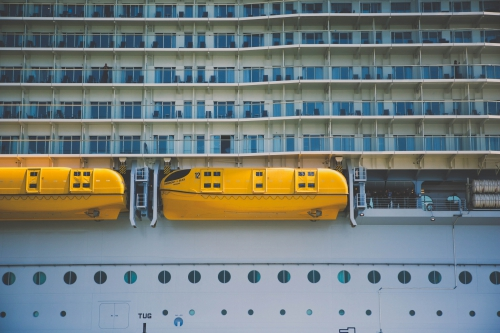 harmony of the seas saint nazaire pilotes de loire,le plus grand bateau du monde