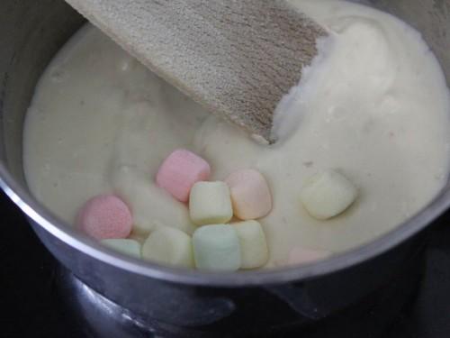 Sucette œuf de pâques {guimauve & chocolat blanc} (2).jpg