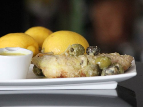 Cuisses de poulet au citron et olives épicées (4).jpg