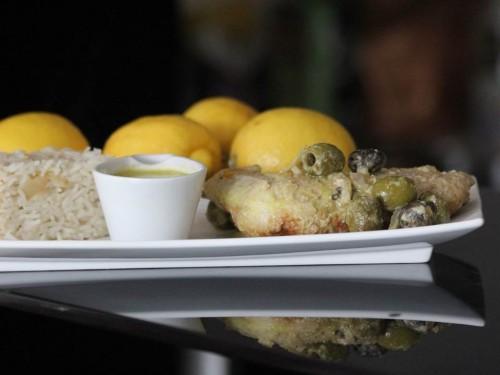 cuisses de poulet au citron et olives épicées