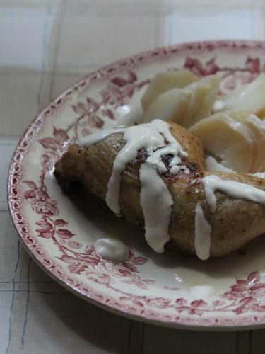 fond concentré liquide de champignon maggi,cuisses de poulet et sauce à la crème saveur champignons