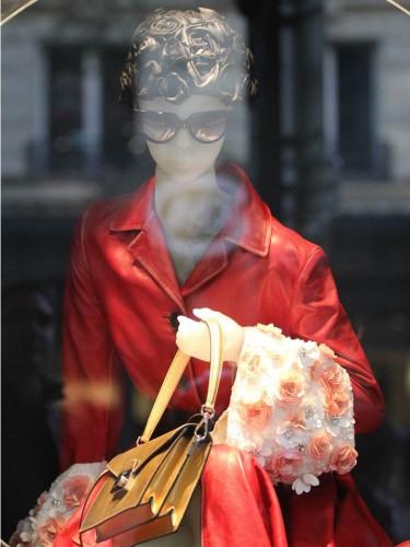 vitrines de noel galeries lafayette 2013,vitrines de noel prada 2013,paris 2013,noel à paris 2013