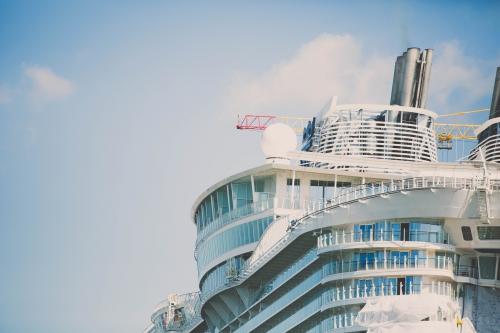 harmony of the seas saint nazaire pilotes de loire,le plus grand bateau du monde