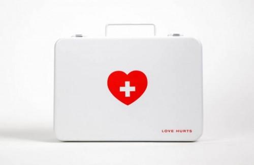 Love Hurts {Kit de secours pour les cœurs brisés}