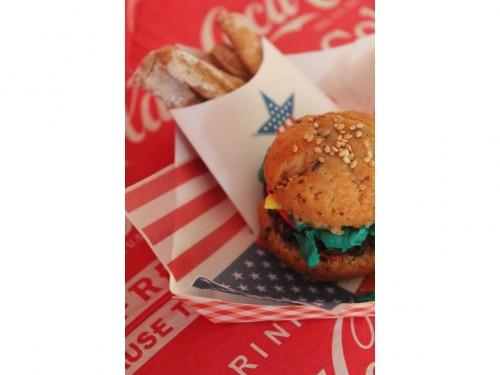 Mini burgers cake (18).jpg