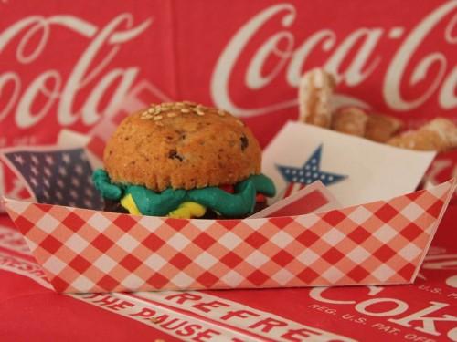 Mini burgers cake (16).jpg