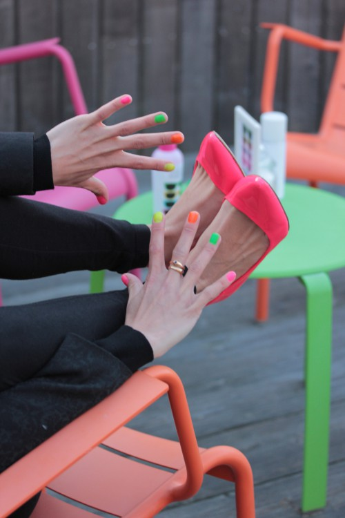bar à ongles, bar à ongles animation mariage, nail bar, neon party