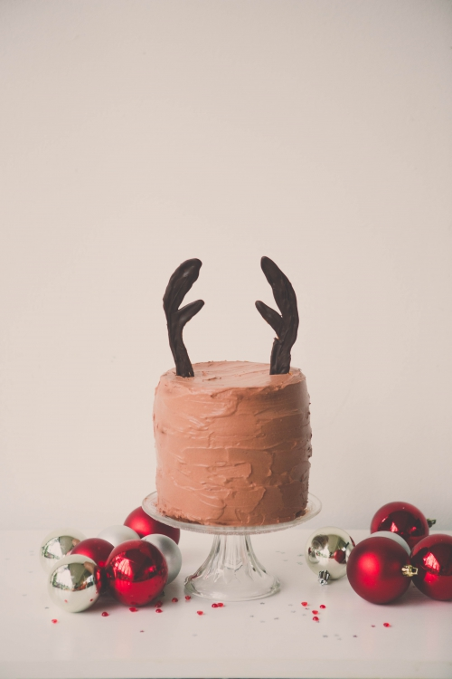 mon layer cake de noël,rudolf le renne,layer cake rudolf le renne,surprise-inside cakes,flamant rose le blog